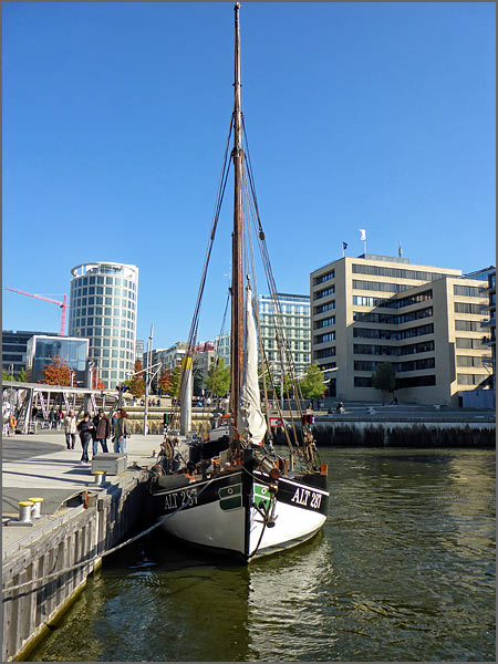 traditionsschiffhafen_hambu
