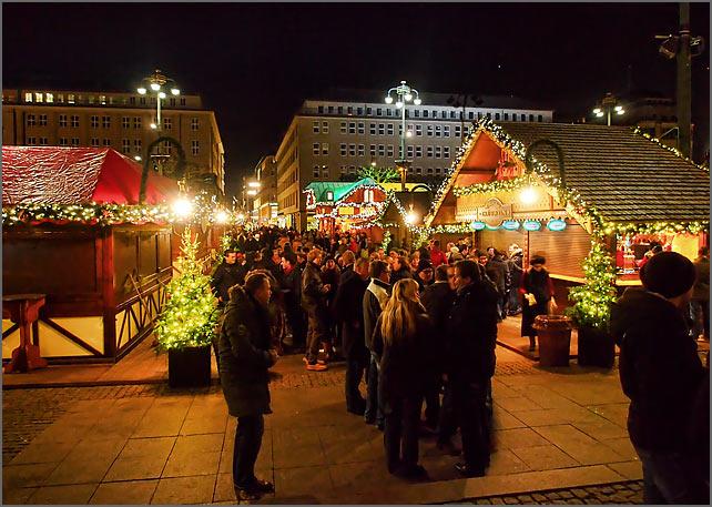 weihnachtsmarkt_rathaus_5
