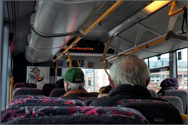 bus_moment