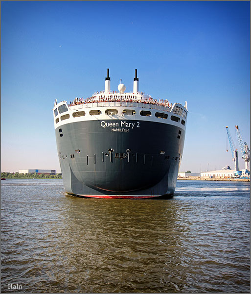 queen_mary2_hamburg_6