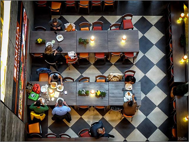 restaurant_v_oben