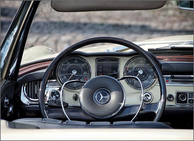 hbk_2015_cockpit