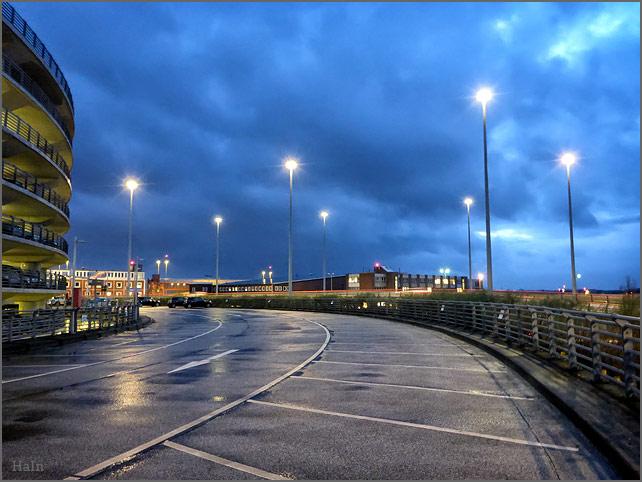 airport_parkhaus