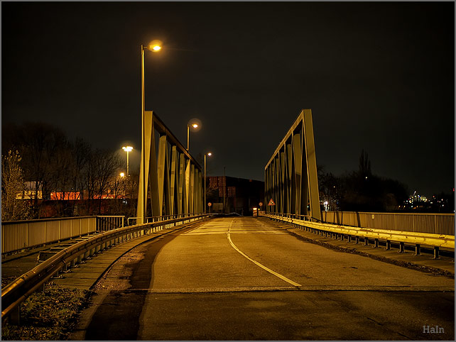 bruecke_travehafen