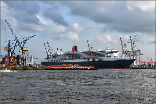 queen_mary_2_hamburg_16_5