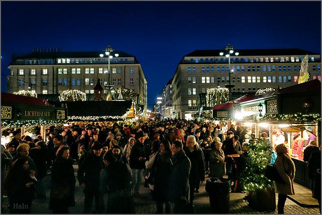 weihnachtsmarkt_rathaus_2